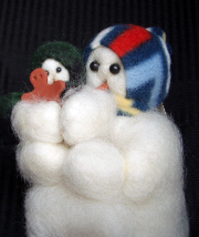 """Mini Grandma's Helper"" Wooly® Primitive Snowman"